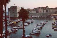 Hafen im Sonnenuntergang